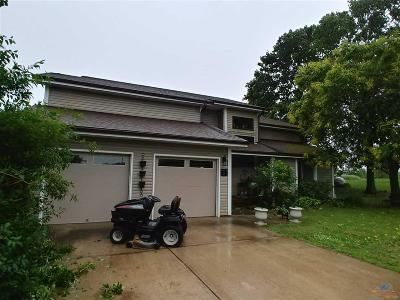 Single Family Home For Sale: 23411 NE 100th