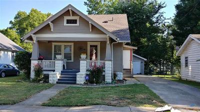 Henry County Single Family Home For Sale: 114 E Wilson