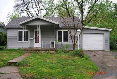 Single Family Home Pending Approval - Ss/F: 1318 S Park