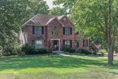 Warsaw Single Family Home For Sale: 1635 Sunchase Dr