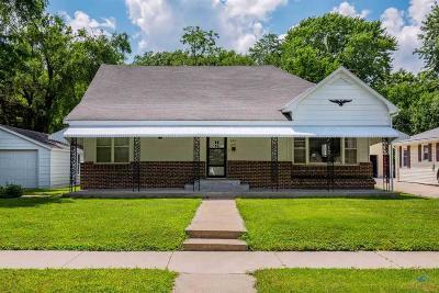 Sedalia Single Family Home For Sale: 1630 S Barrett