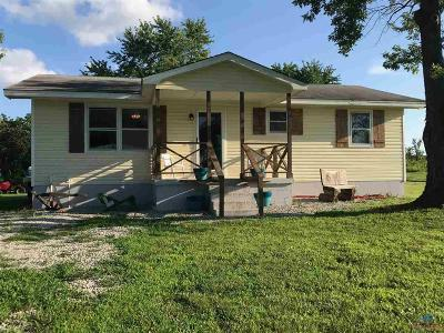 Warsaw Single Family Home For Sale: 23186 N Hwy Cc