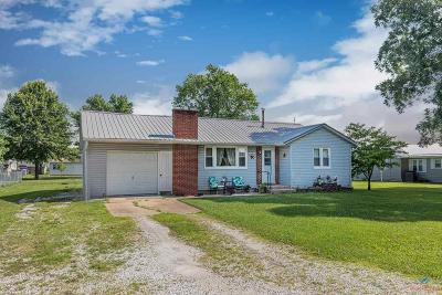 Lincoln MO Single Family Home For Sale: $74,900