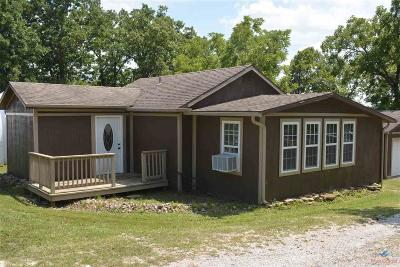 Warsaw Single Family Home For Sale: 23228 Salley Dr.