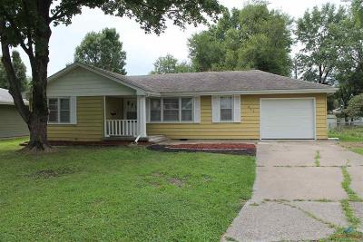 Sedalia Single Family Home For Sale: 403 W 22nd