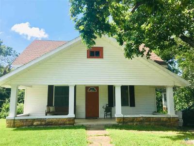 Osceola Single Family Home For Sale: 330 2nd Street