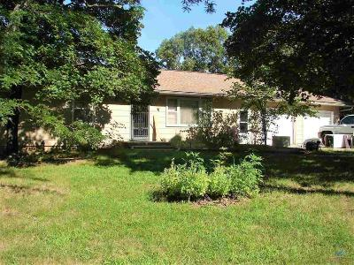 Benton County Single Family Home For Sale: 18442 B Hwy