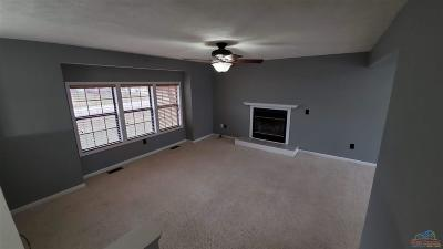 Warrensburg MO Single Family Home For Sale: $199,900