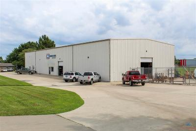 Pettis County Commercial Lease For Lease: 1501b Thompson Blvd