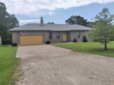Knob Noster Single Family Home For Sale: 653 SE 671