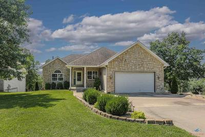 Warsaw Single Family Home For Sale: 28013 Saddle Rd
