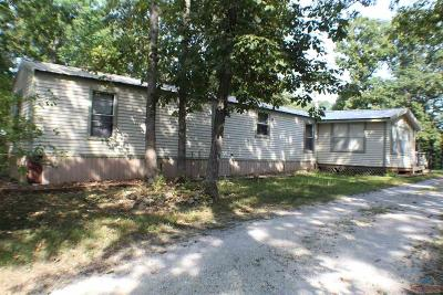 Warsaw Single Family Home For Sale: 33688 Shady Oaks