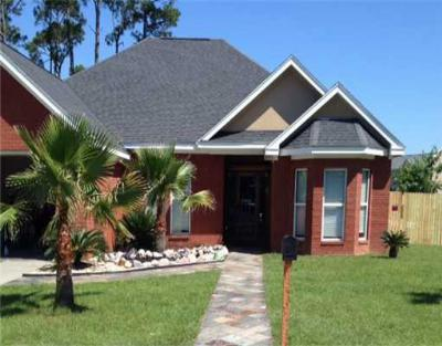 Biloxi Single Family Home For Sale: 227 Rue Petit Bois