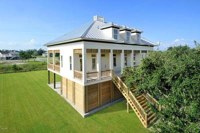 Waveland Single Family Home For Sale: 300 S Beach Blvd