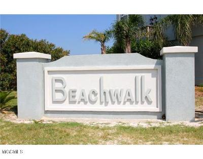 Long Beach Condo/Townhouse For Sale: 725 W Beach Blvd #725
