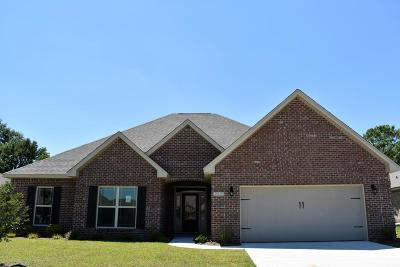 Gulfport Single Family Home For Sale: 10449 Autumn Dr