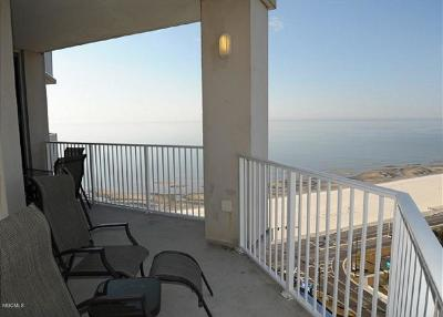 Biloxi Condo/Townhouse For Sale: 2668 Beach Blvd #1701