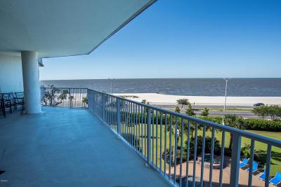 Biloxi Condo/Townhouse For Sale: 2668 Beach Blvd #404