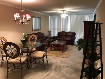 Biloxi Condo/Townhouse For Sale: 2046 Beach Blvd #A-323