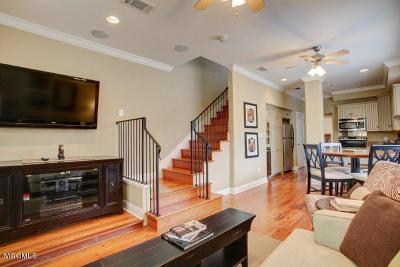 Ocean Springs Condo/Townhouse For Sale: 922 Porter Ave #208