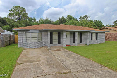 Gulfport Single Family Home For Sale: 2611 W Samuel St