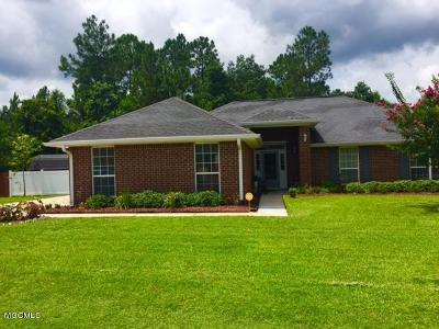 Gulfport Single Family Home For Sale: 15757 S Fork Dr