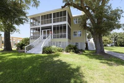 Waveland Single Family Home For Sale: 734 S Beach Blvd