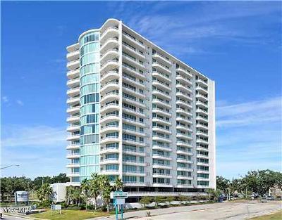 Biloxi Condo/Townhouse For Sale: 2060 Beach Blvd #705