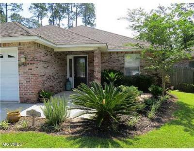 Diamondhead Single Family Home For Sale: 8432 Kaleki Way