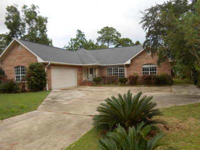 Pass Christian Single Family Home For Sale: 121 Country Club Dr