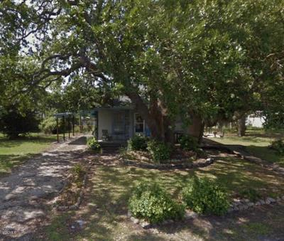 Gulfport Single Family Home For Sale: 4215 W Railroad St