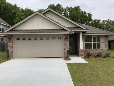 Single Family Home For Sale: 10538 Roundhill Dr