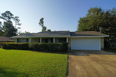 Gulfport Single Family Home For Sale: 15239 Royal St