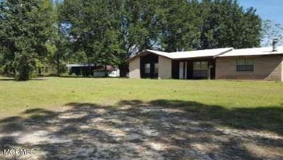 Saucier Single Family Home For Sale: 21734 Yankee Town Rd