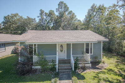 Long Beach Single Family Home For Sale: 1101 Iris St