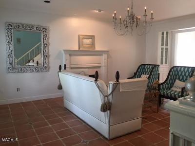 Gulfport Single Family Home For Sale: 933 Savannah Pl
