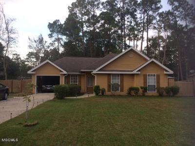 Diamondhead Single Family Home For Sale: 8316 Kaleki Pl