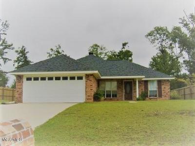Ocean Springs Single Family Home For Sale: 7318 Falcon Cir