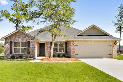 Gulfport Single Family Home For Sale: 15101 Longwood Ln