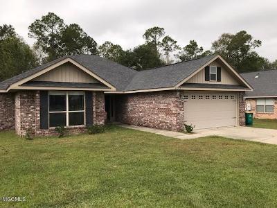 Gulfport Single Family Home For Sale: 13212 Tyler Ln