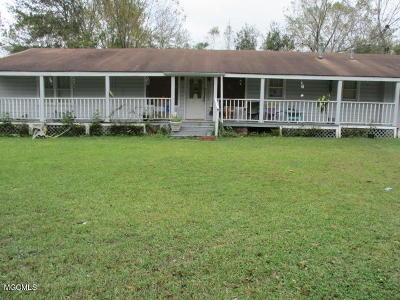 Gulfport Single Family Home For Sale: 16350 Robinson Rd