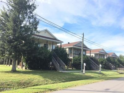 Bay St. Louis Multi Family Home For Sale: 10051 N Road 560 St #4