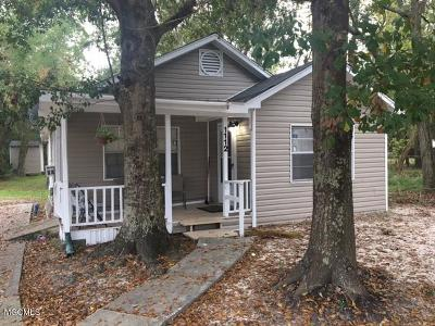 Ocean Springs Single Family Home For Sale: 1112 Robinson St