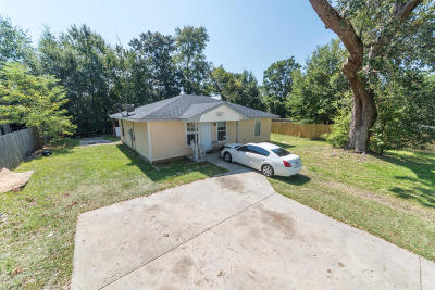 Gulfport Single Family Home For Sale: 5001 W Railroad St