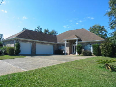 Diamondhead Single Family Home For Sale: 56139 Diamondhead Dr East
