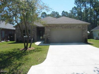 Diamondhead Single Family Home For Sale: 6812 Apona St