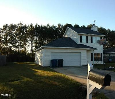Ocean Springs Single Family Home For Sale: 6601 Dove Ln