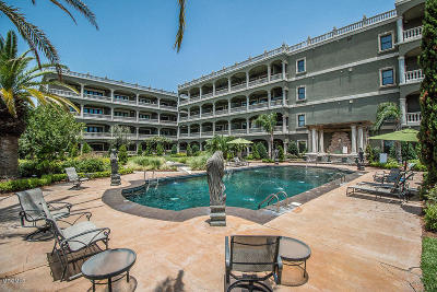 Gulfport Condo/Townhouse For Sale: 4640 W Beach Blvd #A4