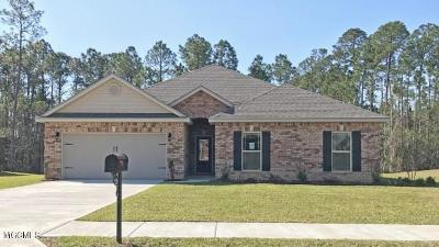 Gulfport Single Family Home For Sale: 18236 Tulip Cv