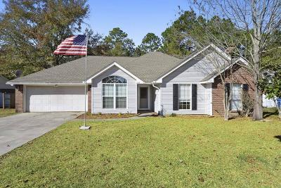Gulfport Single Family Home For Sale: 15076 Barbara Dr